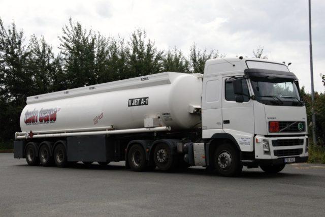 Cisterna TWINTRANS Volvo FH13