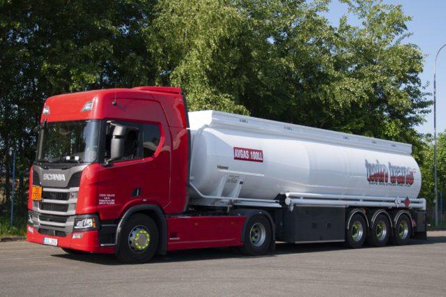 Scania R450 + návěs